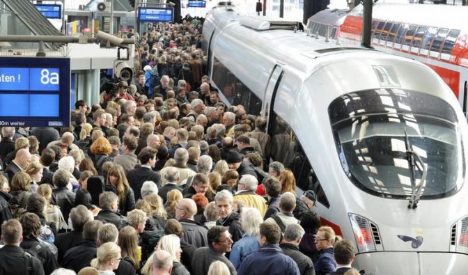 Bahn fährt bei Umsatz und Ergebnis Rekord ein (Foto)