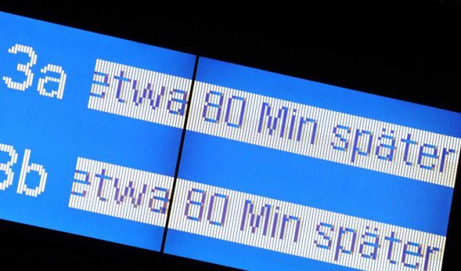 Bahn will bei Zugverspätungen per E-Mail informieren (Foto)