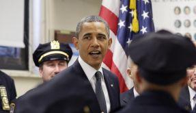 Barack Obama ehrt Navy Seals (Foto)