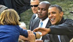 Barack Obama tritt nach. Nach seinem Flop in der TV-Debatte wirft er seinem Konkurrenten Mitt Romney vor, nicht die Wahrheit zu sagen. (Foto)
