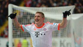 Bastian Schweinsteiger freut sich nach seinem Hacken-Tor, das dem FCB die Meisterschaft sicherte. (Foto)