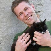 Der «liebevolle Lausitzer» Denny ist der neue schwule Landwirt bei Bauer sucht Frau.