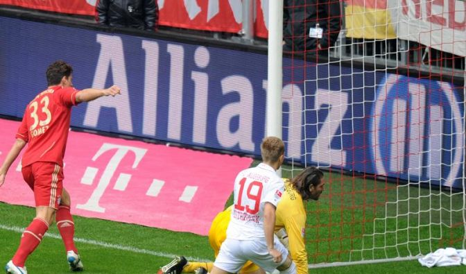 Bayern bleibt dran - Sieg dank Gomez-Doppelpack (Foto)