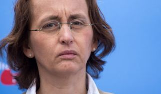 Beatrix von Storch wittert eine Verschwörung Merkels und Camerons. (Foto)
