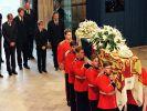 Beerdigung von Lady Di (Foto)