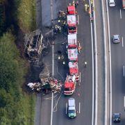 Nach Bus-Unglück auf A9: So verhält man sich richtig (Foto)