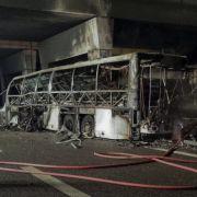 Bei einem Busunfall nahe Verona sind 16 Menschen gestorben. (Foto)
