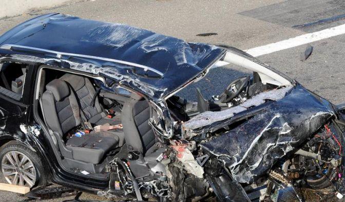 Bei einem Unfall auf der Autobahn A5 starben sechs Menschen. (Foto)