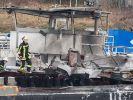 Bei einer Explosion auf einem Tankschiff in Duisburg sind zwei Menschen gestorben. (Foto)