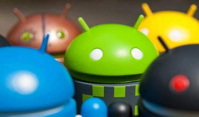 Bei günstigen Android-Smartphones auf Betriebssystem achten (Foto)