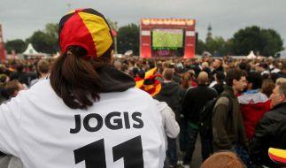 Bei günstigen Fußballtrikots misstrauisch werden (Foto)