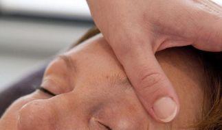 Bei Hautproblemen nicht wahllos schminken (Foto)
