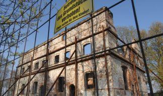 Bei diesen Herrenhäusern auf Rügen ist der Aufbau Ost noch nicht angekommen. (Foto)