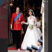 Bei ihrer Hochzeit mit Prinz William trug Kate Middleton eines der teuersten Kleider der Welt.