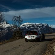 Bei den Rennen in Monte Carlo blieb der Schnee noch im Hintergrund. In Schweden sollte sich dies ändern. Nun haben die Veranstalter jedoch mit Tauwetter zu kämpfen. (Foto)