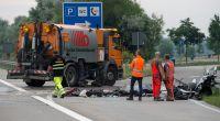 Bei einem Unfall auf der Autobahn sind drei Menschen ums Leben gekommen. (Foto)