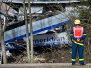 Bei dem schweren Zugunglück in Oberbayern sind mehrere Menschen ums Leben gekommen. (Foto)