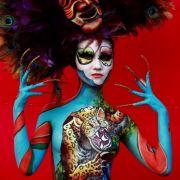 Beim Bodypainting Festival 2012 in Südkorea werden aus nackten Körpern Gesamtkunstwerke.