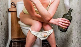 Beim Toilettengang kann eine Menge schief gehen. (Foto)