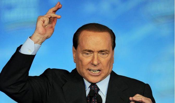 Berlusconi rastet in TV-Show aus (Foto)