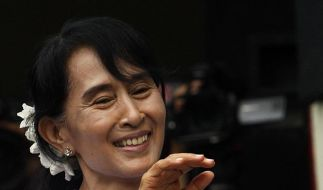 Birmas Oppositionspartei NLD meldet haushohen Sieg (Foto)