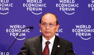 Birmas Parlament wählt Ex-General zum Präsidenten (Foto)
