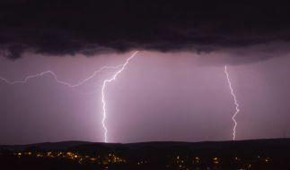 150.000 Blitze zählten Meteorologen am vergangenen Wochenende. (Foto)