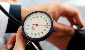 Bluthochdruck durch gesunde Lebensweise senken (Foto)