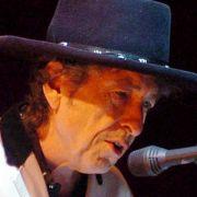 Bob Dylans Lieder werden auf Chimes Of Freedom als Jazz, HipHop oder Reggae interpretiert.