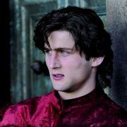Cesare (Mark Ryder) ist neidisch auf seinen Bruder Juan.