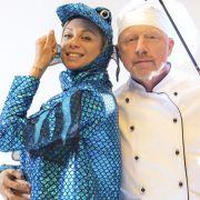Boris Becker glaubt, er hat einen dicken Fisch an der Angel - doch eigentlich ist er es, der hier ins Netz gegangen ist. (Foto)
