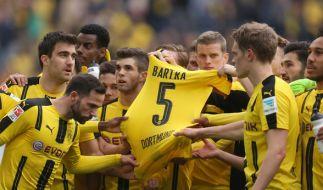 Borussia Dortmund steht nach dem Anschlag auf den Mannschaftsbus geschlossen hinter seinem verletzten Spieler Marc Bartra. (Foto)