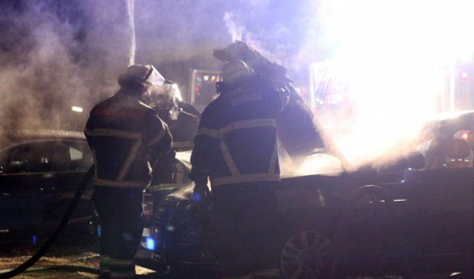 Brennende Autos (Foto)