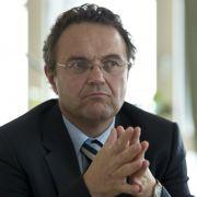 Bundesinnenminister Hans-Peter Friedrich (CSU) hat mit einer Personalentscheidung überrascht.