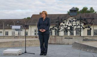 Bundeskanzlerin Angela Merkel besuchte als erste amtierende deutsche Regierungschefin überhaupt das ehemalige Konzentrationslager in Dachau bei München (Bayern). (Foto)