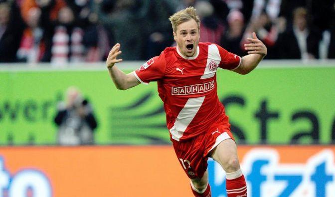 Bundesliga-Relegationsspiel vorn (Foto)