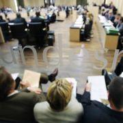 Plenarsaal des Bundesrats: Union und FDP werden in der Länderkammer wohl keine Mehrheit für ihre Steuerpläne finden.