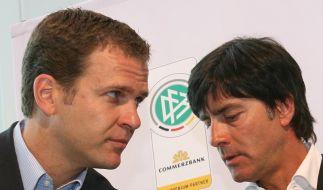 Bundestrainer Joachim Löw und Teammanager Oliver Bierhoff s (Foto)