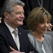 Joachim Gauck und Daniela Schadt wollen nicht im Schloss Bellevue wohnen.