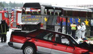 Busunglück mit 14 Toten - Bewährungsstrafe für Fahrerin (Foto)