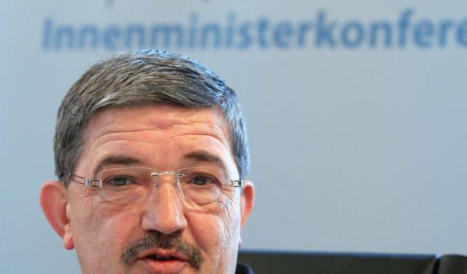 Caffier wirft DFB mangelndes Engagement vor (Foto)