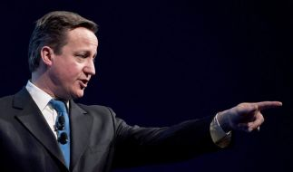 Cameron gegen Merkel: Börsensteuer-Pläne «Wahnsinn» (Foto)