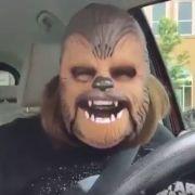 """Chewbacca Mask Lady"" knackt Weltrekord bei Facebook (Foto)"