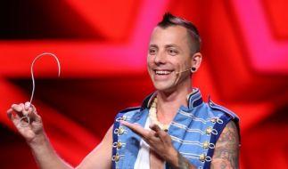 """Chayne Hultgren (38) aus Australien ist ein """"Extreme Performance Artist"""" - und nimmt entsprechend schmerzhafte Utensilien zu Hilfe. (Foto)"""