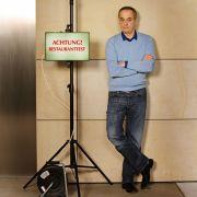 Als Rach, der Restauranttester wurde Christian Rach bei RTLberühmt. Doch der TV-Koch kann mehr, als maroden Restaurants neues Leben einzuhauchen.
