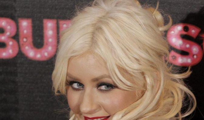 Christina Aguilera mag ihre Kurven (Foto)