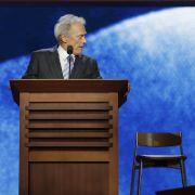 Clint Eastwood bei seinem bizarren Auftritt.