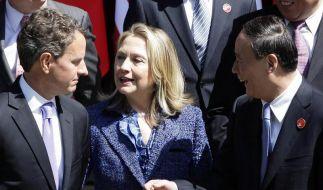 Clinton ruft China zur Wahrung der Menschenrechte auf (Foto)