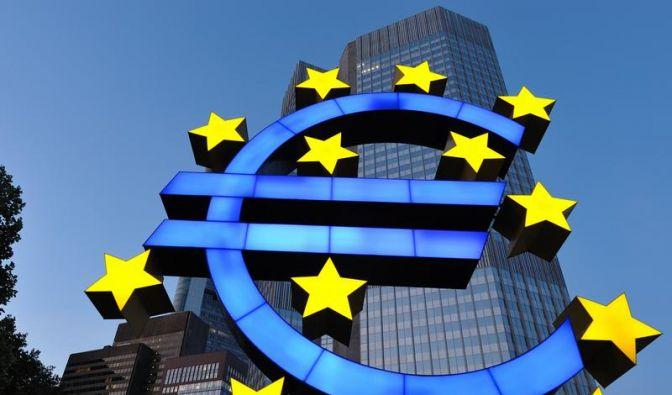CSU und FDP drohen mit hartem Kurs in Euro-Krise (Foto)