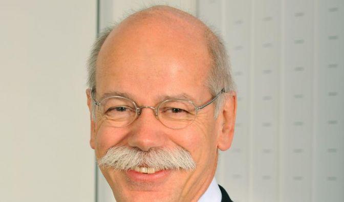 Daimler fährt Vollgas - aber Dämpfer beim Gewinn (Foto)